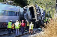 High speed train derailed after hitting vehicle in Portugal |