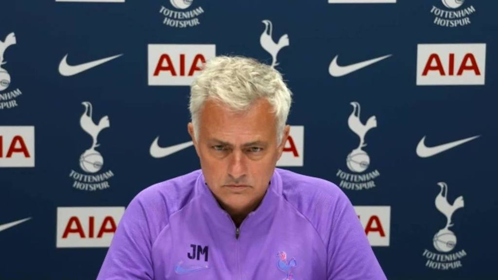 'I don't care what you bring up' - Jose Mourinho hits back as he motivates Tottenham players -
