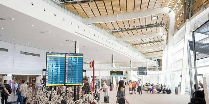 Portuguese airports recover some numbers but are still 79.5 per cent down -