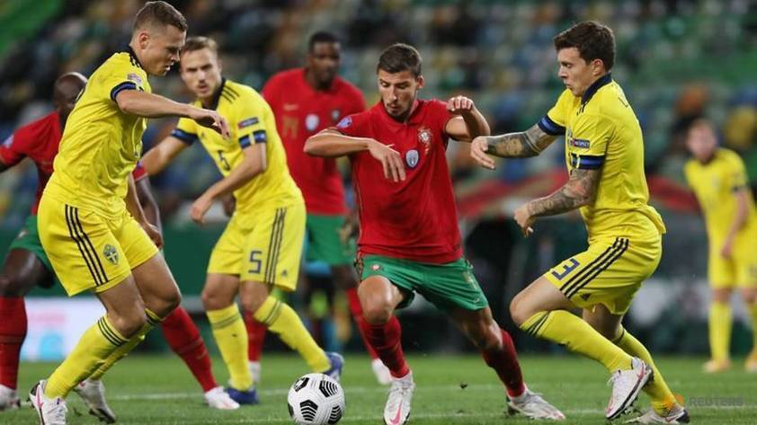 Portugal brush off Ronaldo absence to outclass Sweden -