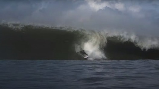 Nazaré Temporarily Bans Surfers |