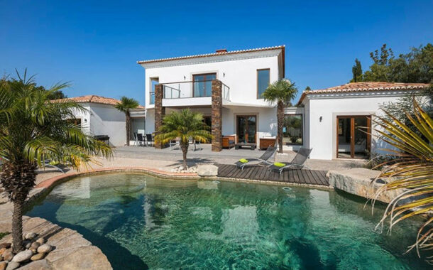 Five reasons to buy in Portugal -