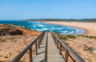 The least crowded, free, public beaches around the world -