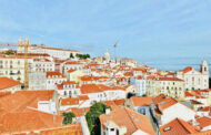 Portugal plans to welcome vaccinated Americans this summer -